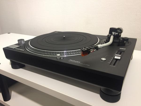 Technics SL-1210GR mit Ortofon 2M