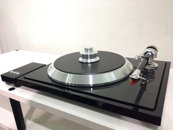 EAT C-Sharp mit Ortofon 2M